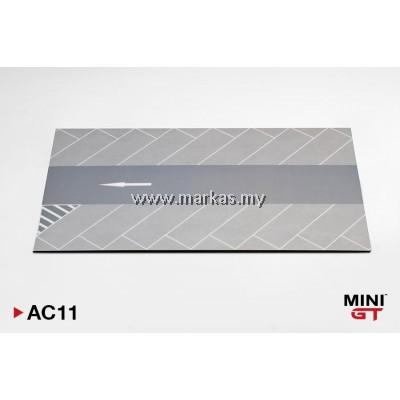 (PO) MINI GT 1/64 AC11 PARKING LOT PAD TYPE B